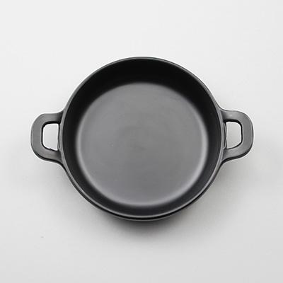 """מחבת עגול 11 ס""""מ עם ידיות מלמין שחור ליטל שף"""